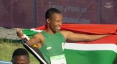 Luke Davids on his Victory Parade after the 100m Final at the 2018 Youth Olympics